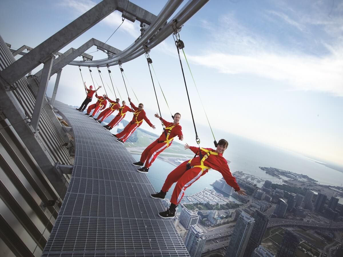 toronto cn tower thrill